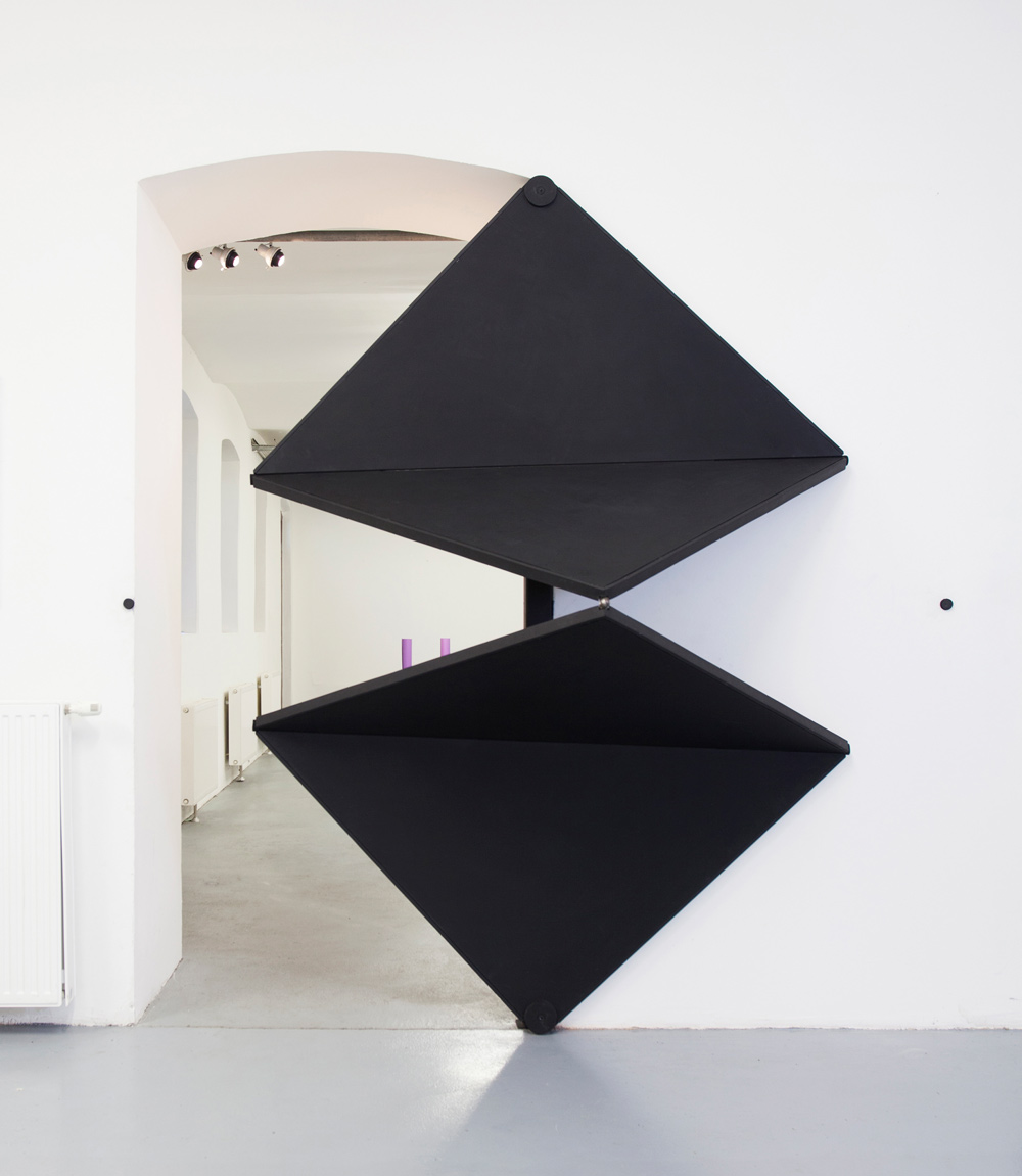 Triangle Folding Doors : Klemens torggler s kinetic objects